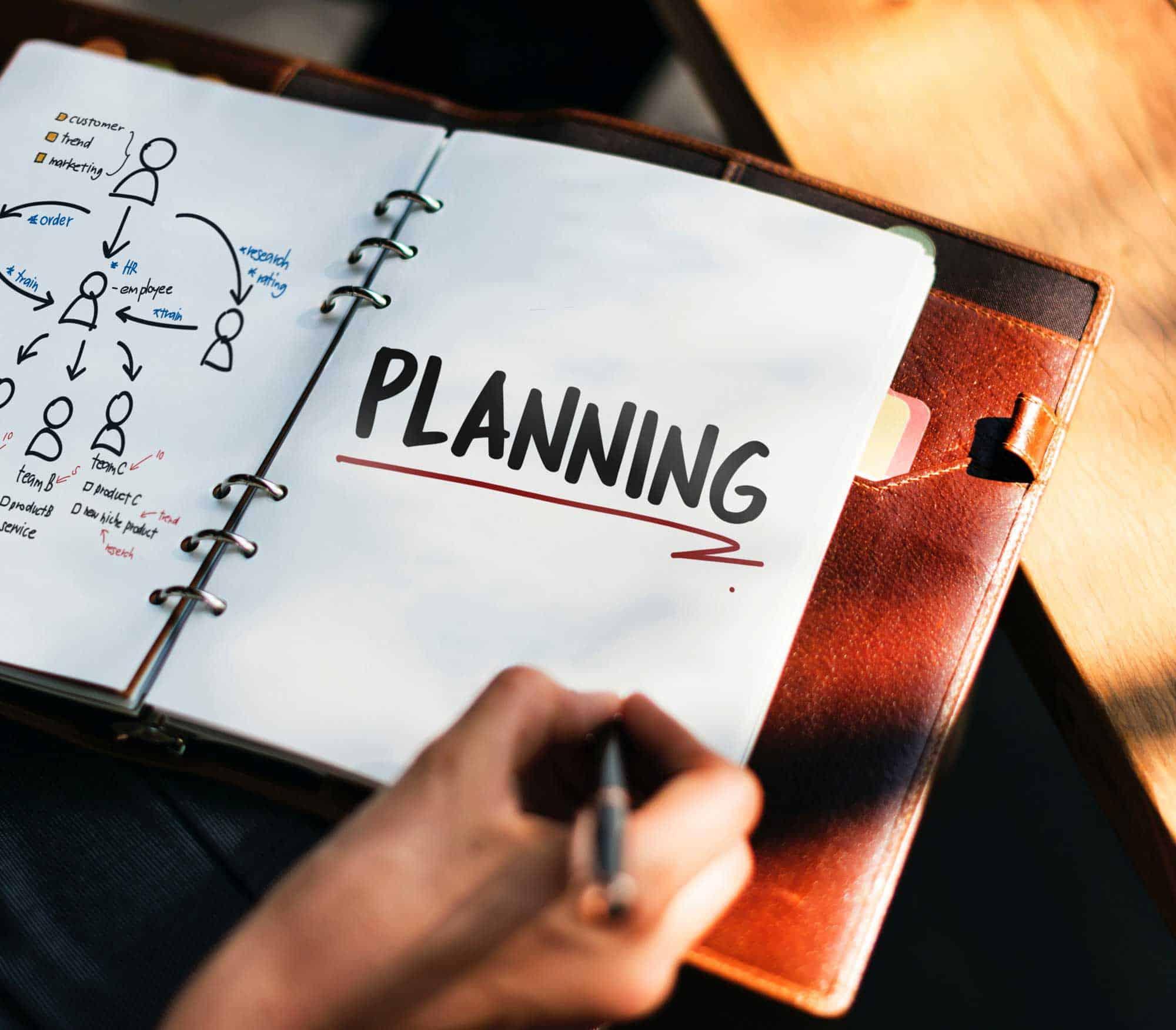 Financial-planner-or-financial-advisor
