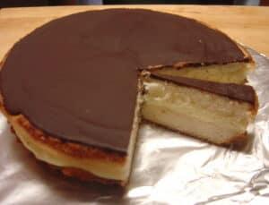 Massachusetts Boston cream pie courtesy of wikimedia commons