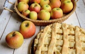 Vermont apple pie courtesy of Pixabay