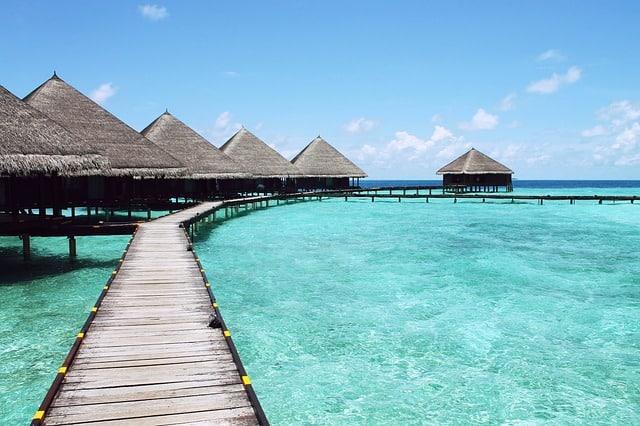 paradise-turquoise-water-travel